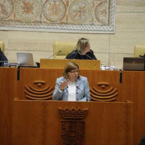 Victoria Domínguez obtiene el compromiso de convocar la mesa técnica para homologación de la enseñanza concertada.