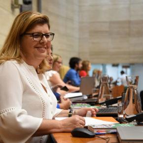 """Victoria Domínguez: """"La gratuidad total de los libros de texto llegará a Extremadura gracias a la iniciativa de Ciudadanos"""""""