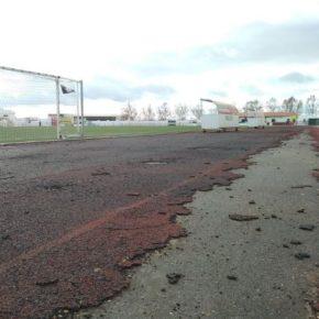 Cs Azuaga aplaude que el Consistorio al fin apueste por adecuar la pista de atletismo del Estadio Municipal
