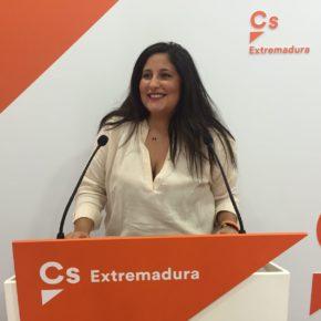 """Marta Pérez: """"Si finalmente hay movilización por el tren deberá estar financiada por PPSOE culpables de esta situación"""""""