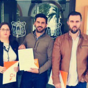 Ciudadanos Vegas Bajas demanda al Ayuntamiento de Montijo medidas para erradicar la plaga de palomas