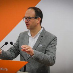 """Cayetano Polo: """"Es urgente un cambio de perspectiva en las políticas de empleo, las de Vara cada mes nos recuerdan que fracasan"""""""