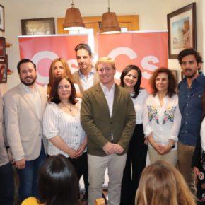 """Gragera presenta a los diez primeros candidatos de Cs a la alcaldía de Badajoz y asegura que """"todos"""" trabajarán """"por y para la ciudad"""""""