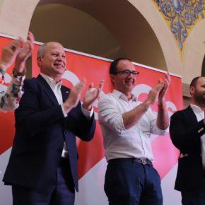 """Imbroda y Calderón (Cs) cierran campaña en Mérida y aseguran que Albert Rivera se convertirá en el presidente """"del cambio"""""""