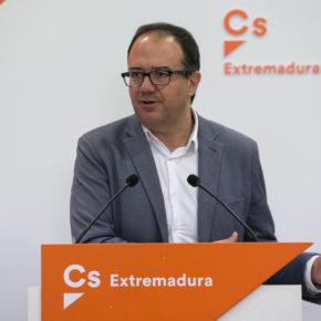 """Polo (Cs) exige a Vara que fomente el empleo para que """"deje de irse el talento"""" de Extremadura"""