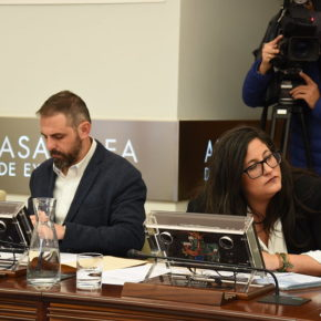 Cs saca adelante su propuesta para que la Junta dote de presupuesto al plan director de la muralla de Trujillo