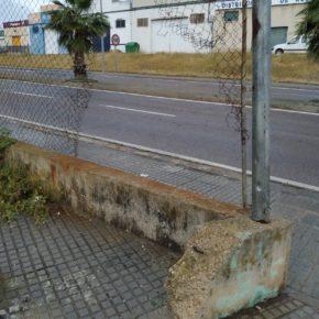 """Cs Mérida alerta de la """"suciedad y el abandono"""" que sufre la barriada de San Lázaro"""